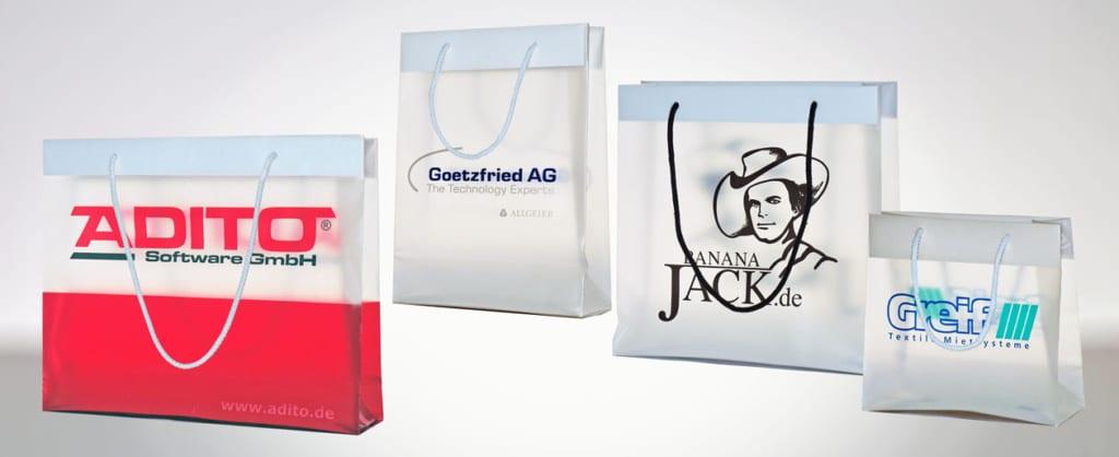 Plastiktaschen mit Baumwollkordel