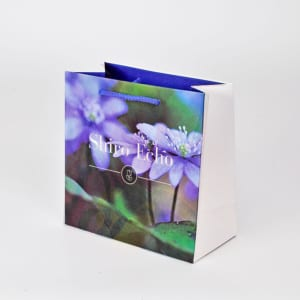 Papiertasche aus Recyclingpapier, ökologische Papiertasche