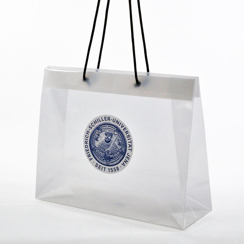durchsichtige Plastiktasche mit Kordel